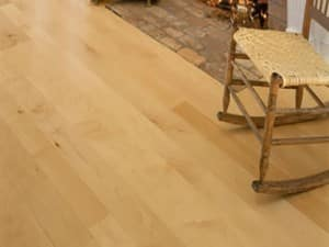 btt engineered smooth hardwood feature img