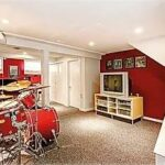 music room with carpet